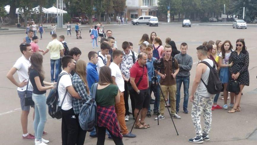 За неповнолітнього Олексія Логвіна, якого заарештували за сутички під Радою, вступилися друзі