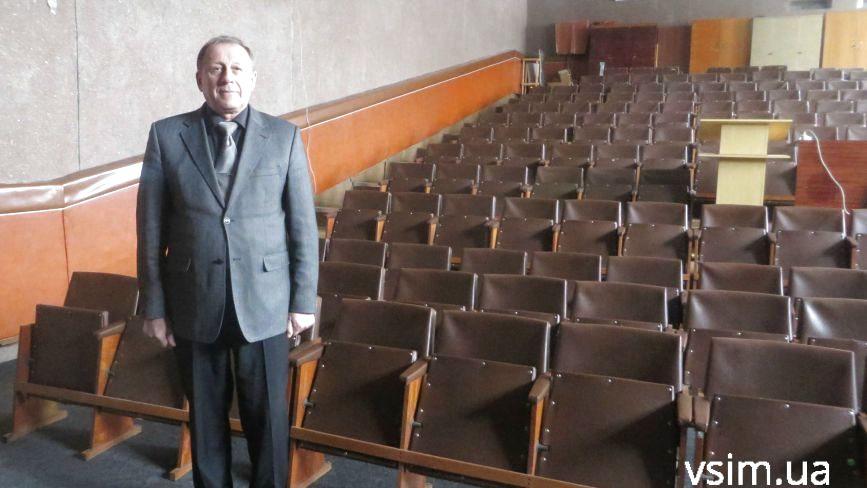 Філії Донецького вишу віддали дев'ятиповерхівку «ЦНТЕІ». Студентів шукають