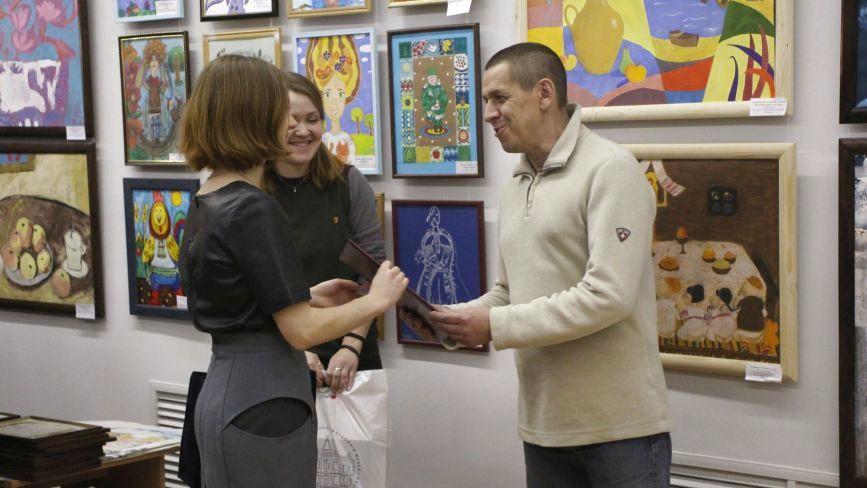 У Хмельницькому нагородили переможців конкурсу імені Людмили та Миколи Мазурів