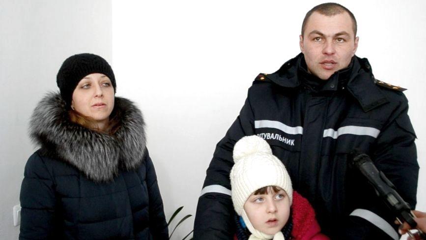 «Чекав на житло 14 років», - рятувальникам роздали 39 квартир у Хмельницькому