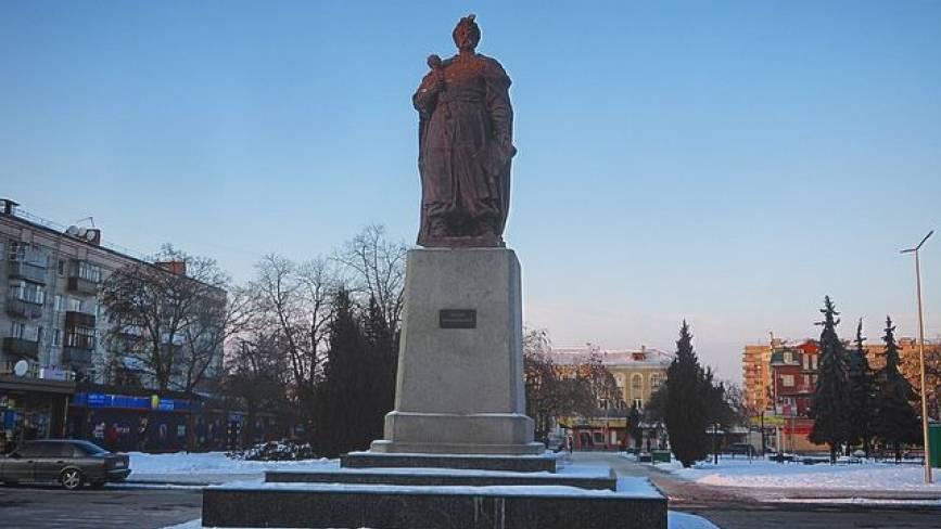 З історії Хмельницького. Що гетьмана привело на вокзал?