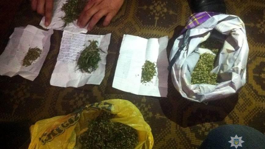 В Кам'янці затримали 28-річного чоловіка, який торгував амфетаміном
