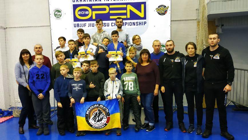 Одразу 6 нагород здобули хмельничани на чемпіонаті України з бразильського джиу-джитсу