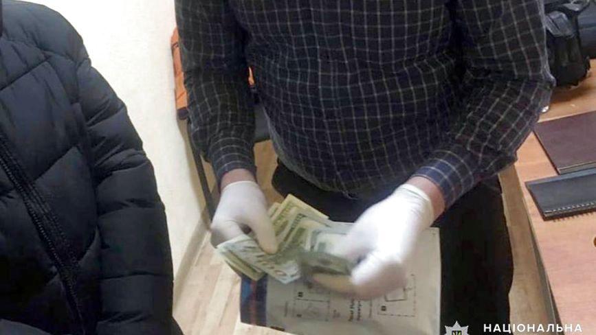 На Хмельниччині депутат намагався відкупитися від поліцейського за 500 доларів
