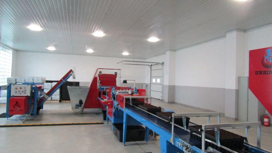 Перша в Україні сучасна лінія для висіву насіння запрацювала на Хмельниччині