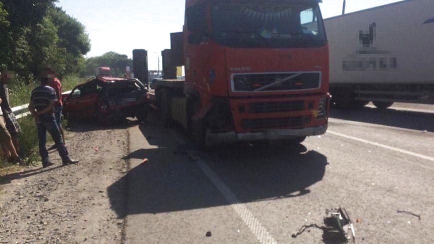 Поблизу Хмельницького в ДТП потрапили 4 автомобілі