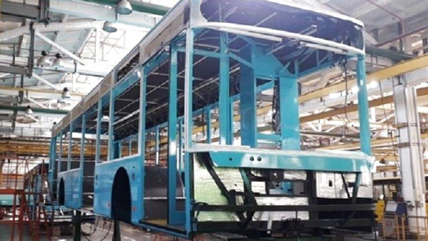 """Завод """"Богдан"""" показав, як виготовляє тролейбуси для Хмельницького"""