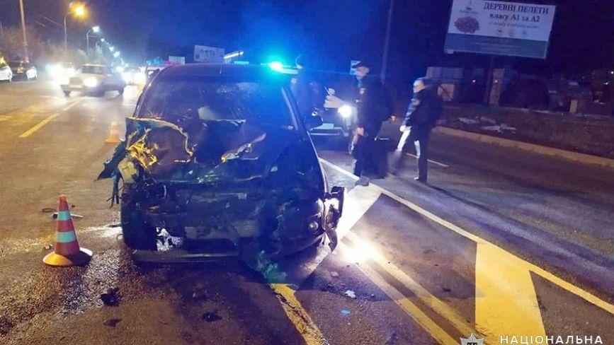 У Хмельницькому трапилися дві ДТП з травмованими. Один пасажир у реанімації