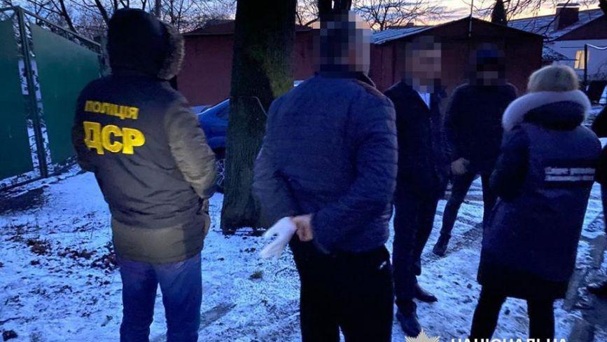 На Хмельниччині на хабарі попалися голова ОТГ та його заступник (ФОТО)