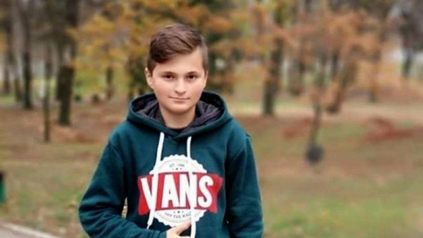"""""""Мама виховує Женю одна"""": у Хмельницькому просять про допомогу для хлопчика з опіками"""