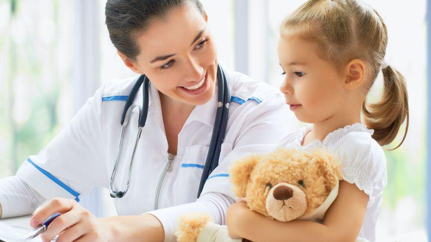 Дитячі лікарі Хмельницького: де приймають та як записатись