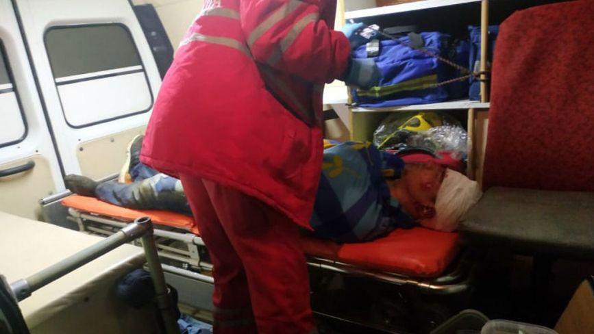 На Хмельниччині чоловік впав з 20-метрової скелі