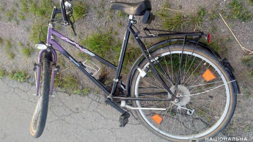 На Хмельниччині Lanos збив 20-річну велосипедистку