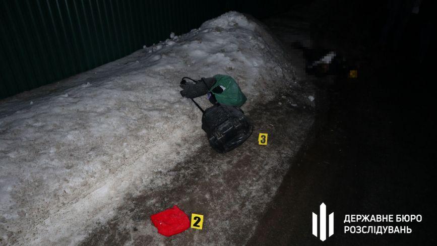 П'яний поліцейський насмерть збив жінку на Хмельниччині: нові подробиці та фото з місця ДТП