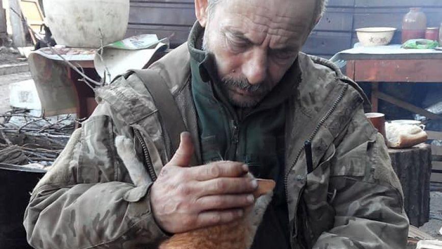 Два роки тому на Сході загинув Микола Неживий. Зібрали спогади побратимів, родичів та волонтерів