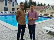 22-річному Валентину Рижкову, який втратив усю сім'ю в страшній ДТП, збирають гроші на лікування