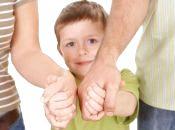 """Допомогти дитині та заробити гроші: на Хмельниччині запускають проект """"Сімейний патронат"""""""