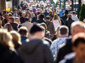 Скільки жінок та чоловіків мешкає на Хмельниччині