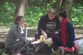 Всі на пікнік: хмельничани вибрались у Дендропарк на шашлики