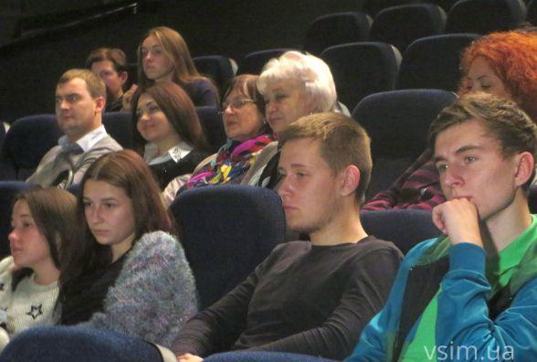 Хмельничанам презентували фільм-сенсацію «Гніздо горлиці»