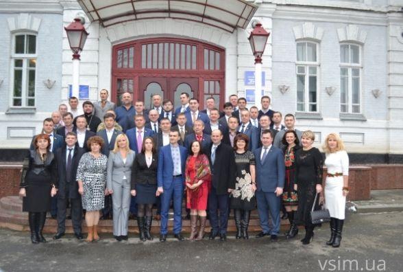 Дороги в Гречанах та освітлення в Книжківцях: що обіцяють зробити хмельницькі депутати у 2017
