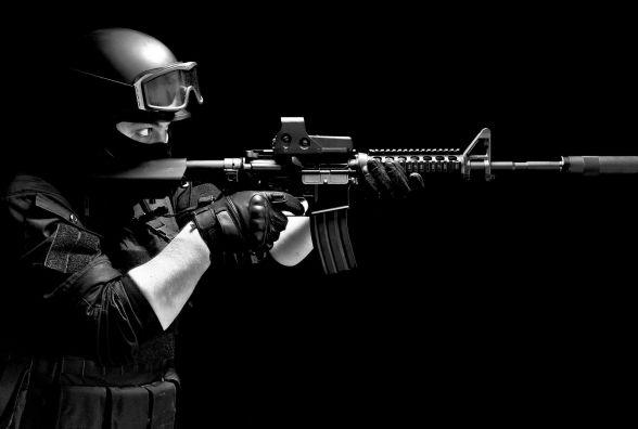 Українці випускатимуть американську зброю