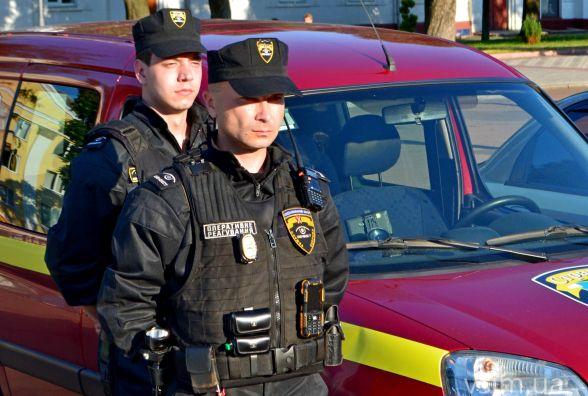 Три сотні хмельницьких поліцейських стежитимуть за порядком на Різдво