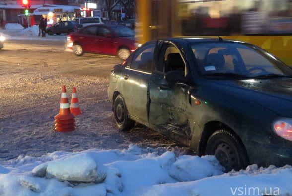 ДТП біля філармонії. «Volvo» врізався у «Daewoo»