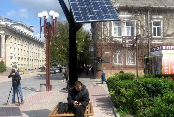У Хмельницькому планують встановити «сонячне» дерево