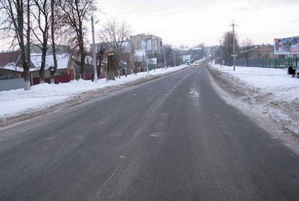 У Дунаївцях водій на «Опелі» збив чоловіка і втік