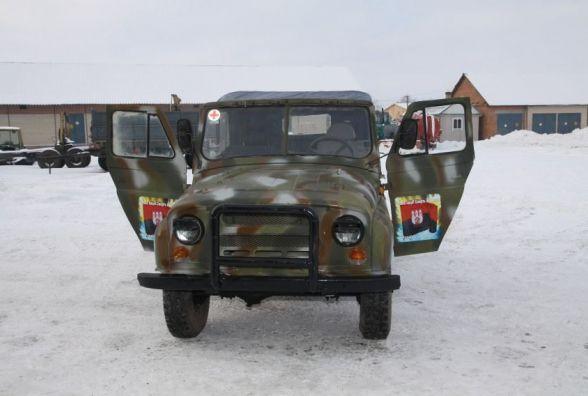 Ізяславські лісівники зібрали санітарну машину для бійців в АТО