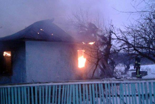 В Деражнянському районі 3-річний хлопчик бавився з вогнем і згорів у будинку