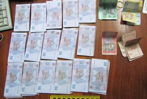 Працівник банку «Аваль», який вкрав півмільйона, може сісти на 8 років