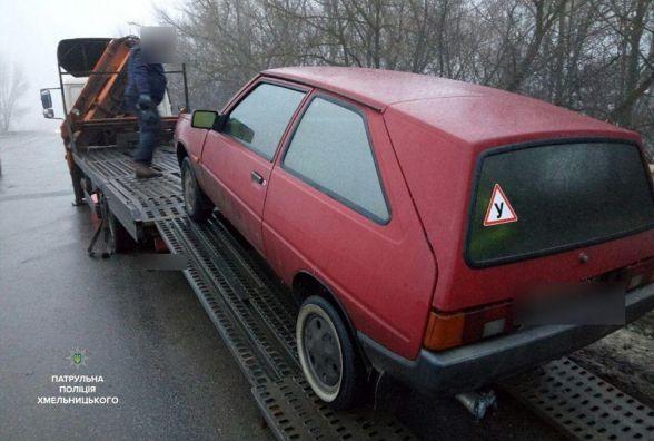 У Хмельницькому п'яний чоловік вкрав авто і поїхав кататися містом