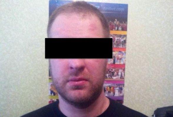 Поліцейські знайшли чоловіка, який біля «Картопляників» вкрав в перехожого телефон