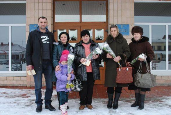 "Чотири жительки Хмельниччини отримали звання ""Мати-героїня"""