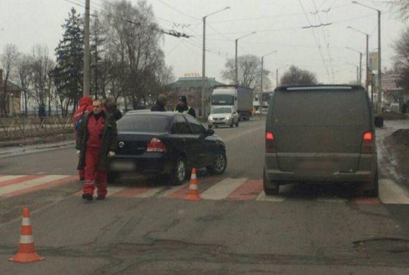 На проспекті Миру п'яний водій наїхав на двох пішоходів