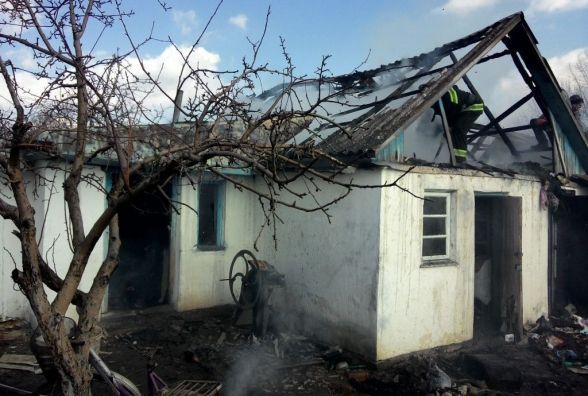 На Красилівщині згоріла літня кухня