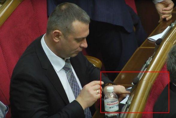 Нардеп від Хмельниччини Андрій Шинькович знову попався на кнопкодавстві