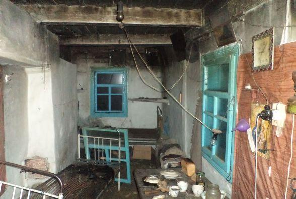 У Славутському районі в будинку згоріла пенсіонерка