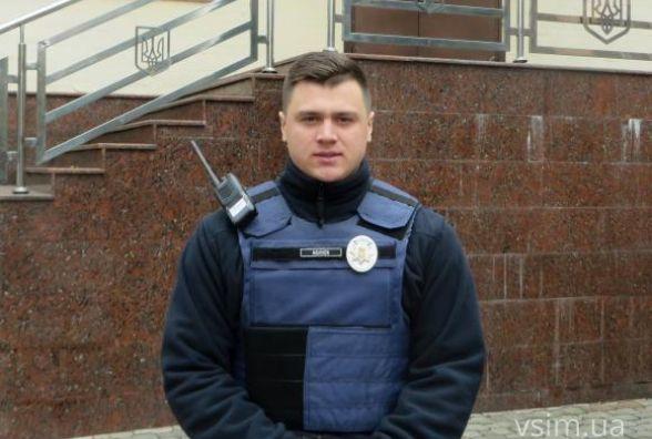 В Хмельницькому збирають підписи на підтримку патрульного, якого судитимуть за вбивство