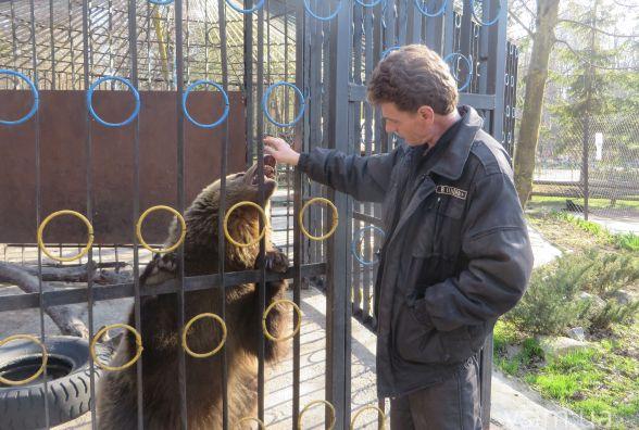 Лебеді, ведмеді та видри: хмельницький зоокуток відкрився для екскурсій