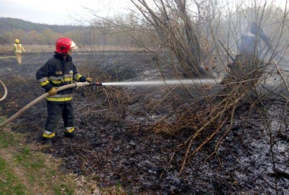 У Дунаєвецькому районі пенсіонера витягнули з вогню