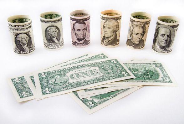 Долар росте – курс НБУ на 3 квітня