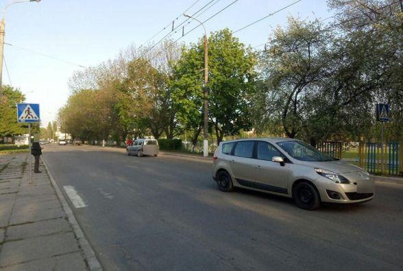 На Зарічанській «Renault» збив підлітка