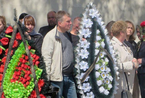 Сотні хмельничан прийшли попрощатись із Сергієм Чекманом