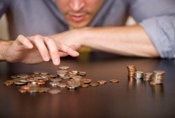На Хмельниччині втричі зросли борги по зарплаті