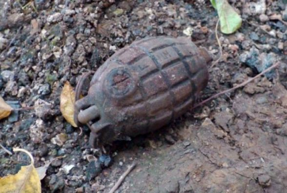 У Шепетівці знайшли гранату воєнних часів