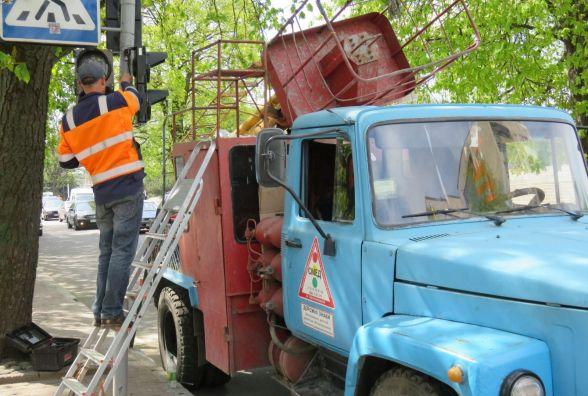 На шести перехрестях Хмельницького поставлять світлофори з відліком часу