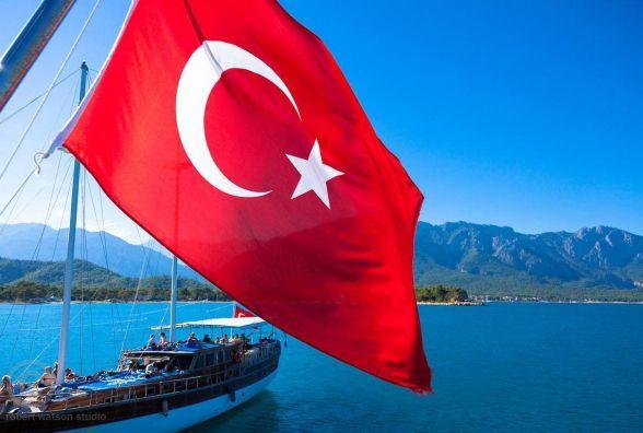 Українці зможуть подорожувати до Туреччини за ID-картками